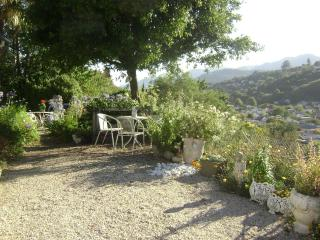 210HILLSIDE COTTAGE NELSON NEW ZEALAND - Nelson-Tasman Region vacation rentals