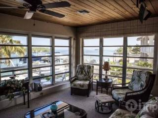 Fisherman's Dream - Ocean Front House with Dock - Tavernier vacation rentals