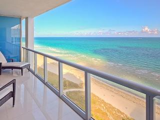 Canyon Ranch Spectacular Oceanfront Luxury Hotel. - Miami Beach vacation rentals