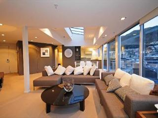 Queenstown Heart Penthouse - Queenstown vacation rentals
