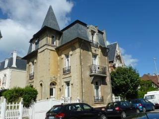 Holiday House hoche ~ RA42689 - Deauville vacation rentals