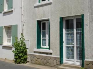 Les tillieuls ~ RA25254 - Ile de Re vacation rentals