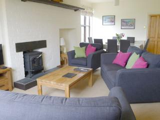 Pet Friendly Holiday Cottage - Sunnybank, Manorbier - Manorbier vacation rentals