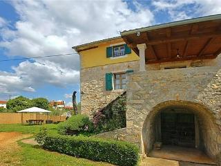 Newly renovated holiday house for 8 persons in Porec - Baderna vacation rentals