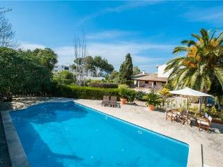 Holiday house for 10 persons, with swimming pool , near the beach in Cala Blava - Cala Blava vacation rentals