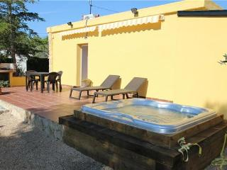 Holiday house for 6 persons in Pratdip - Pratdip vacation rentals