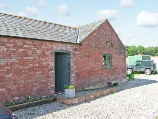 SPARROW HATCH romantic retreat, pet-friendly, studio accommodation in Northwood Ref 913332 - Shropshire vacation rentals