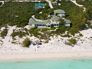 Located on the peaceful and private Long Bay Beach, this gated estate offers the ideal setting for luxury vacationing. IE VAR - Providenciales vacation rentals