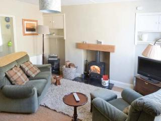 BLYTHE COTTAGE town centre, over three floors, woodburner in Hawes Ref 903554 - Hawes vacation rentals