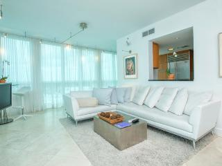 Setai 2 Bedroom Condo 21st Floor - Sleeps 6! - Miami Beach vacation rentals