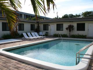 Affordable Luxury-1 Bdrm Apt-100 Steps To Beach - Deerfield Beach vacation rentals