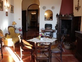 Charme and relax on the hills close to Senigallia beach - Ostra Vetere vacation rentals