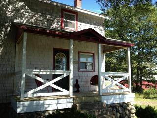Beautiful Farmhouse in Northern Michigan near Mackinaw Island - Cheboygan vacation rentals