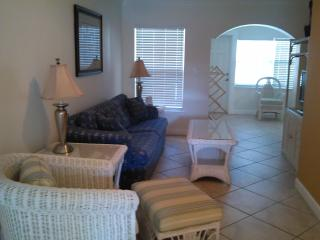 Memorial Day Specials - Lovely 1-bedroom @ Barefoot Beach Resort - Beautiful views, Updated unit! - Indian Shores vacation rentals