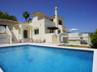 Fantastic 4 Bed Villa in Nueva Andalucia, Spain - Nueva Andalucia vacation rentals