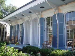 Ideal location, Garden District Home (min. monthly basis) - New Orleans vacation rentals