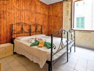 Lovely apartment old town - Alghero vacation rentals