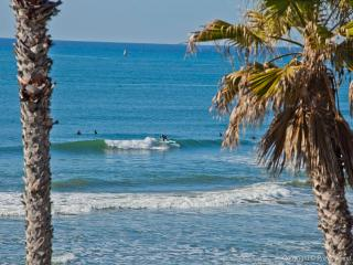 Surf 'n Sand~2BR Straight-on Ocean Views ~Gorgeous! - Oceanside vacation rentals