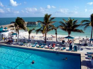 Cabana Club Pool - kEYS WATERFRONT WITH DOCK - Key Colony Beach - rentals