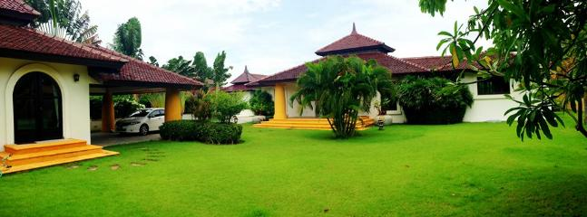 Villas for rent in Hua Hin: V6088 - Image 1 - Hua Hin - rentals