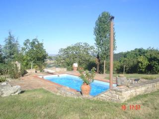 Country House with Swimming Pool - Marche vacation rentals