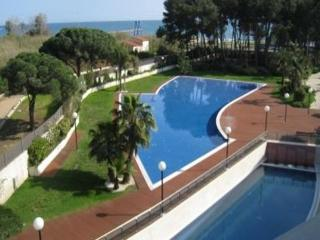 RentalSelamina Apartment of Solcambrils Park -3 bedroom, near the beach - Cambrils vacation rentals