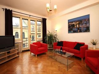 3 BR 4 minutes walk from Wenceslas Square - Prague vacation rentals