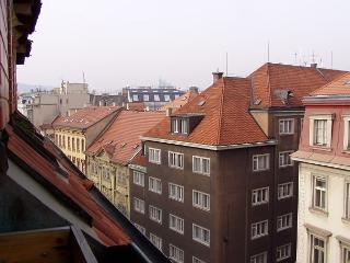 Cosy studio 4 minutes walk from Old Town Square - Bohemia vacation rentals
