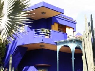 MARRAKECH FACE JARDINS MAJORELLE APPARTEMENT AVEC PISCINE - Morocco vacation rentals