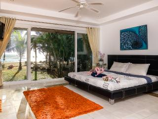 Luxury Beach Front Villa Ban Sonthaya (5 bedrooms) - Trat Province vacation rentals