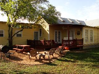 Yellow Haus and Annabelle's Suite - Texas Hill Country vacation rentals
