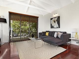 Meko - central Carlton Melbourne luxury residence - Melbourne vacation rentals