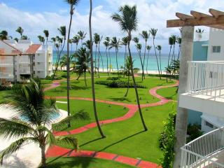Playa Turquesa PH K403 - Ocean View, PH, Roof Terrace - Punta Cana vacation rentals