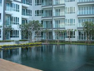 beautiful condo close to beach and golfcourse - Hua Hin vacation rentals