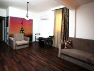 Colorful Apartment with Balcony - Colorful Balcony Appartment in City Center Taksim - Istanbul - rentals