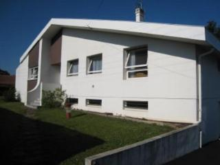 Comfortable, 140 m² villa with garden and private parking, 500 meters from the sea - Basque Country vacation rentals