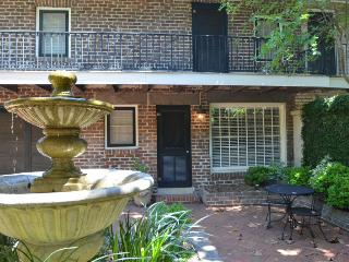 Pristine on Pulaski Square - Savannah vacation rentals