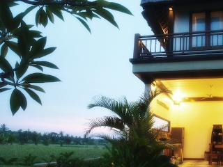 sea, sand, sawah...santai! - Tanah Lot vacation rentals