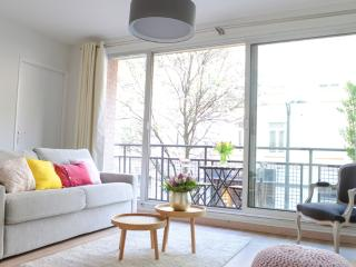 LILLE CITY CENTER: VERY CENTRAL APARTEMENT close to MAIN SQUARE with PARKING - Nord-Pas-de-Calais vacation rentals
