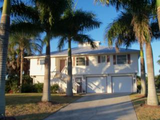 The Royal Palm House - Bokeelia vacation rentals