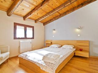 Puerta del Sol attic apartment - Madrid vacation rentals