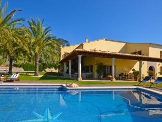 Finca on the outskirts of Selva for 9 people  with private pool, sauna and gym - ES-1078797-Selva - Selva vacation rentals