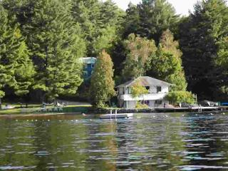 Lakeside Cottage - Clyffe House Cottage Resort - Port Sydney vacation rentals