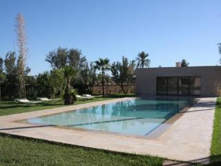 Medern Luxury villa in Marrakech Palmeraie - Morocco vacation rentals