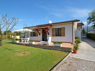Holiday Home near Tuscan Sea in Cinquale - Montignoso vacation rentals