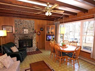 Quiet Getaway cottage (#838) - Tobermory vacation rentals