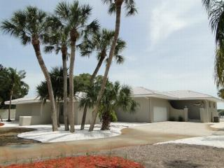 275 Green Dolphin 3155 - Cape Haze vacation rentals