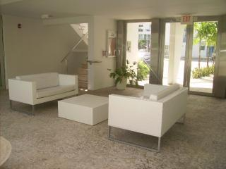 The Majestic  Beautiful apt in South beach - Miami Beach vacation rentals