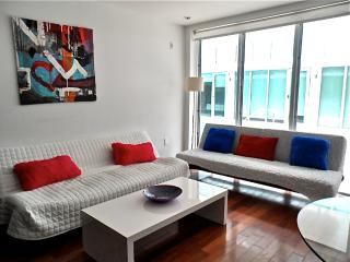 The Lagoon  Beautiful condo in the heart of South Beach. - Miami Beach vacation rentals