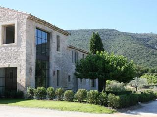 YNF REV - Luberon vacation rentals